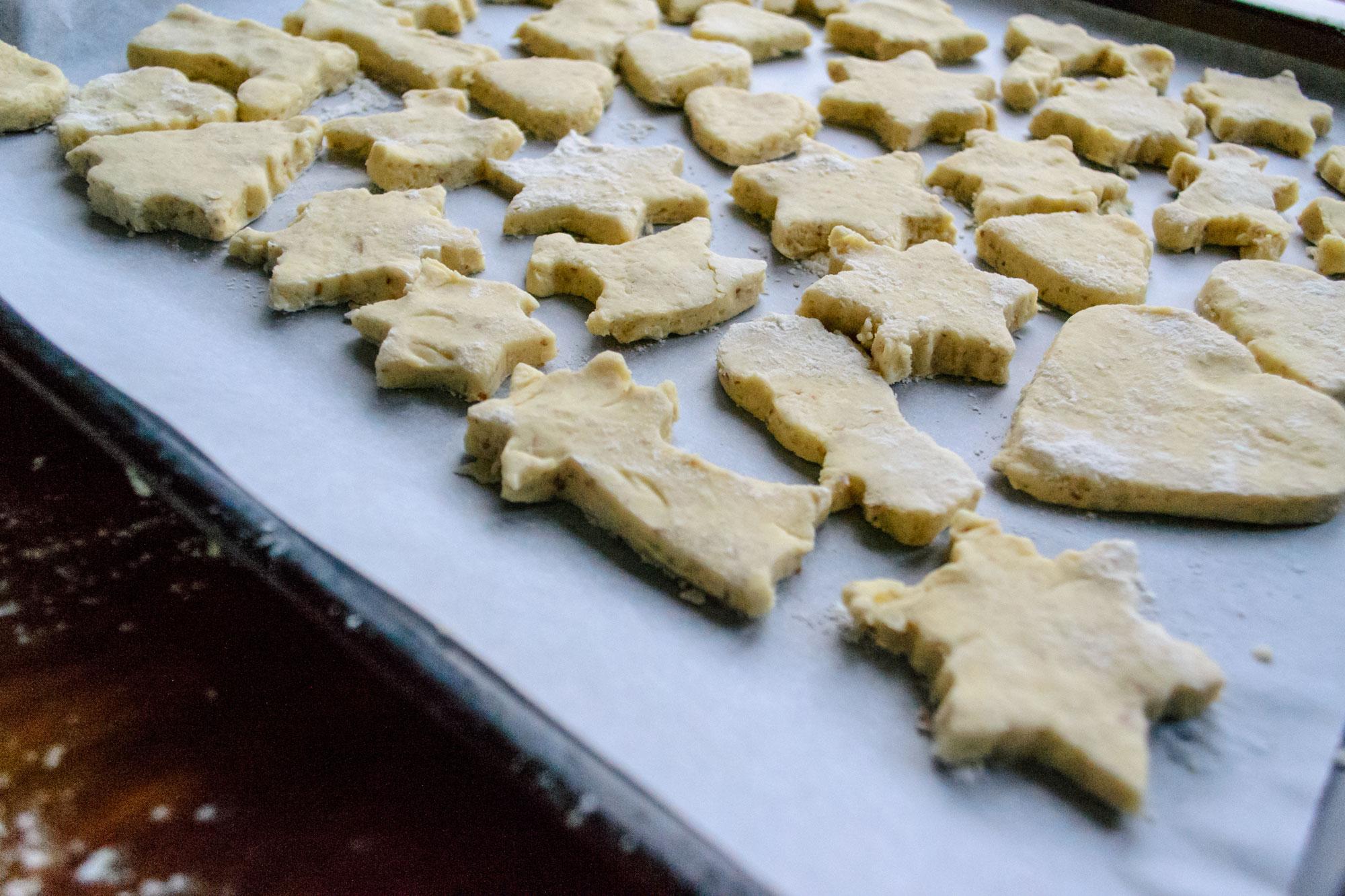 Recept za kekse - brza priprema božićnih kolača - prije pečenja