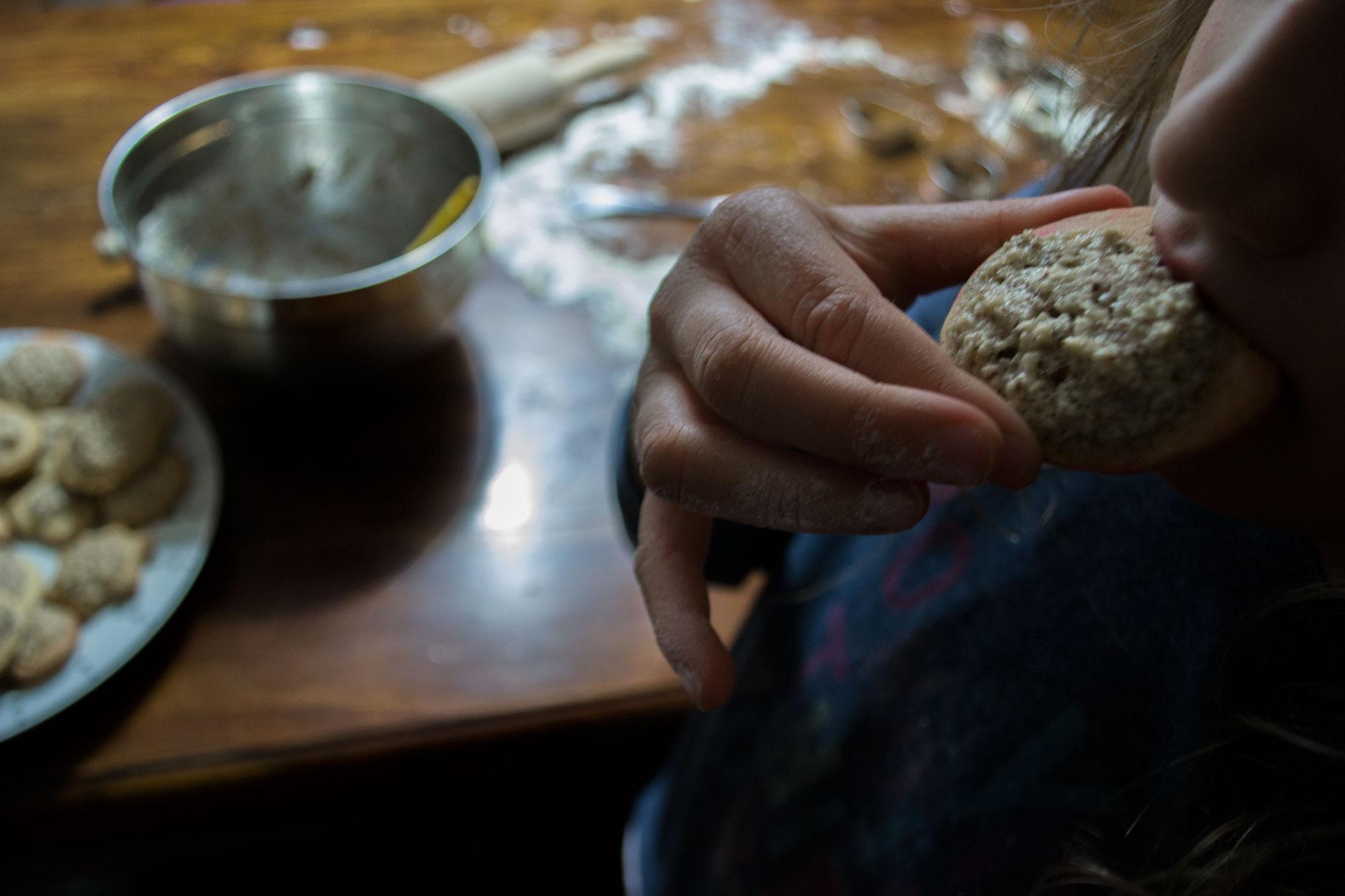 Domaći kolač s orasima - jednostavan recept - uslast
