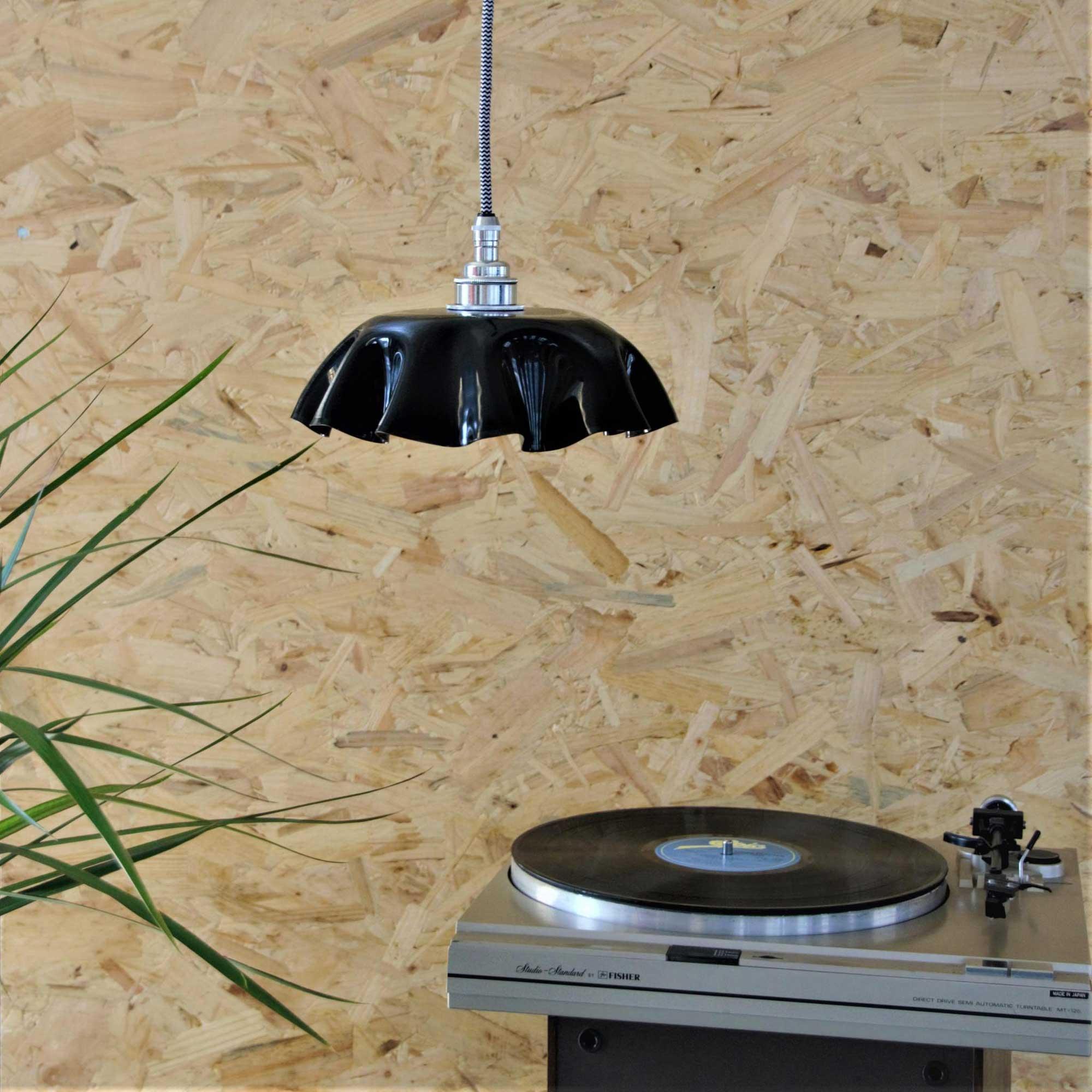Izrada sjenila za lampu od gramofonske ploče