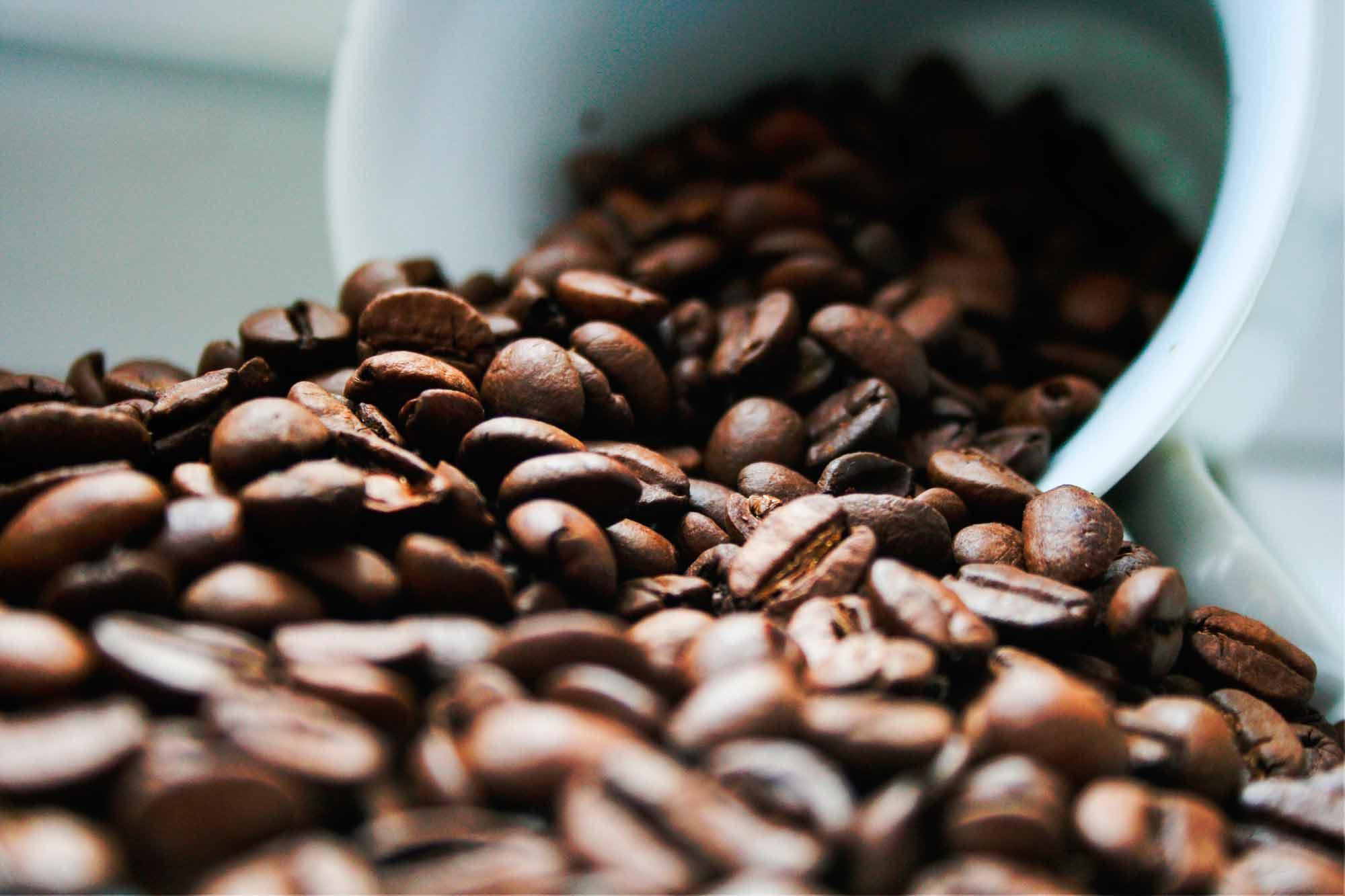 Polovni namještaj bojenje kavom