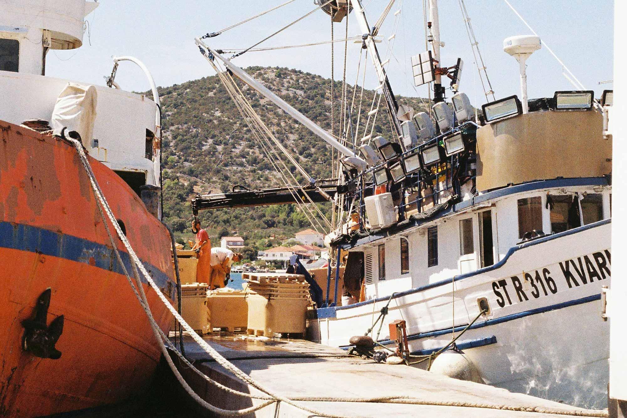 2. korak za čuvanje života na našem planetu: Koće pred polazak u ribolov